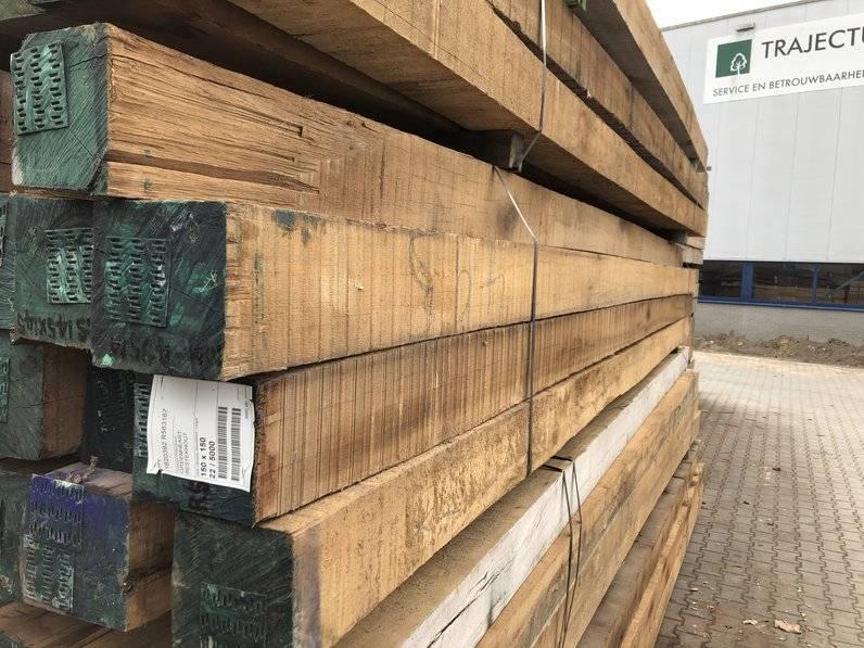 Goedkope houten balken te koop bij Voordeel Hout